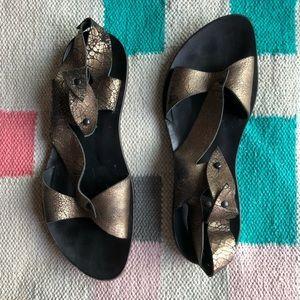 "Cydwoq ""Buds"" sandals metallic leather size 41"
